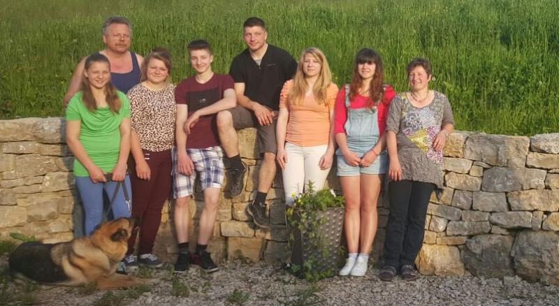 Familie Nussbaumer zugeschnitten